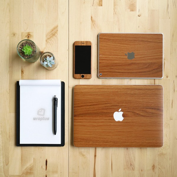 Mac製品と相性抜群!おすすめのウッド・木目調のアクセサリまとめ